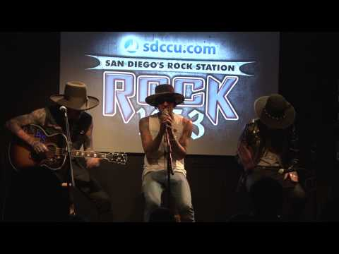 Yelawolf Performs in the Rock 105.3 SDCCU Red Carpet Lounge