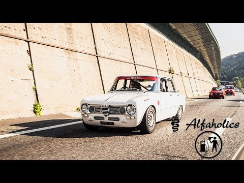 Chasing the ALFAHOLICS GTA-R 290 up STELVIO PASS in the ALFAHOLICS TI-SUPER on PETROLHEAD TOURS