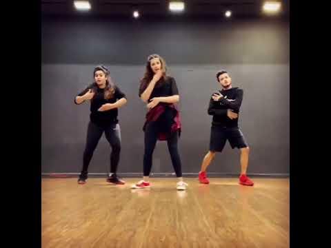 Kriti sanon's sister nupur sanon dance for Coca Cola song Mp3