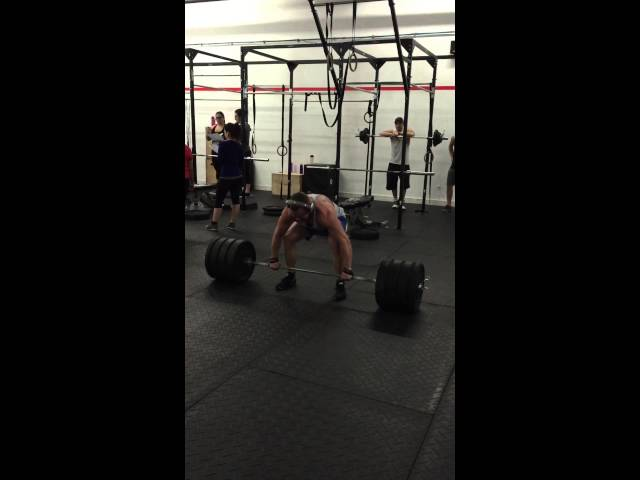 405 lbs on deadlifts!