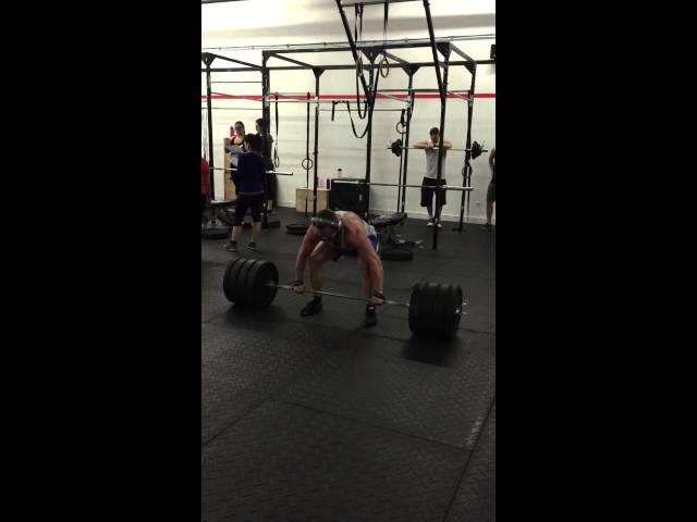 405 lbs on deadlifts!
