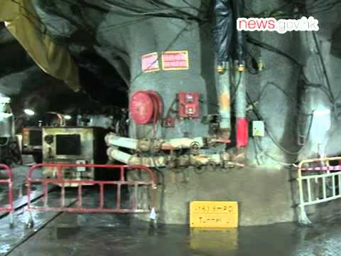 Hong Kong's deepest tunnel built (8.11.2013)