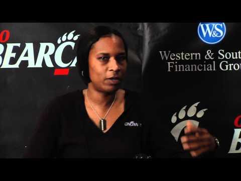 Jamelle Elliott discusses the women's Crosstown Sh...