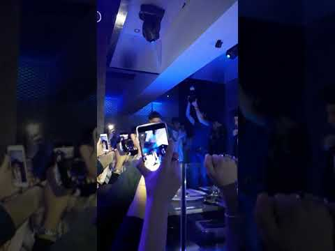 RKOMI LIVE - PEZZI (feat.Gue Pequeño) .Naif 9.12.17