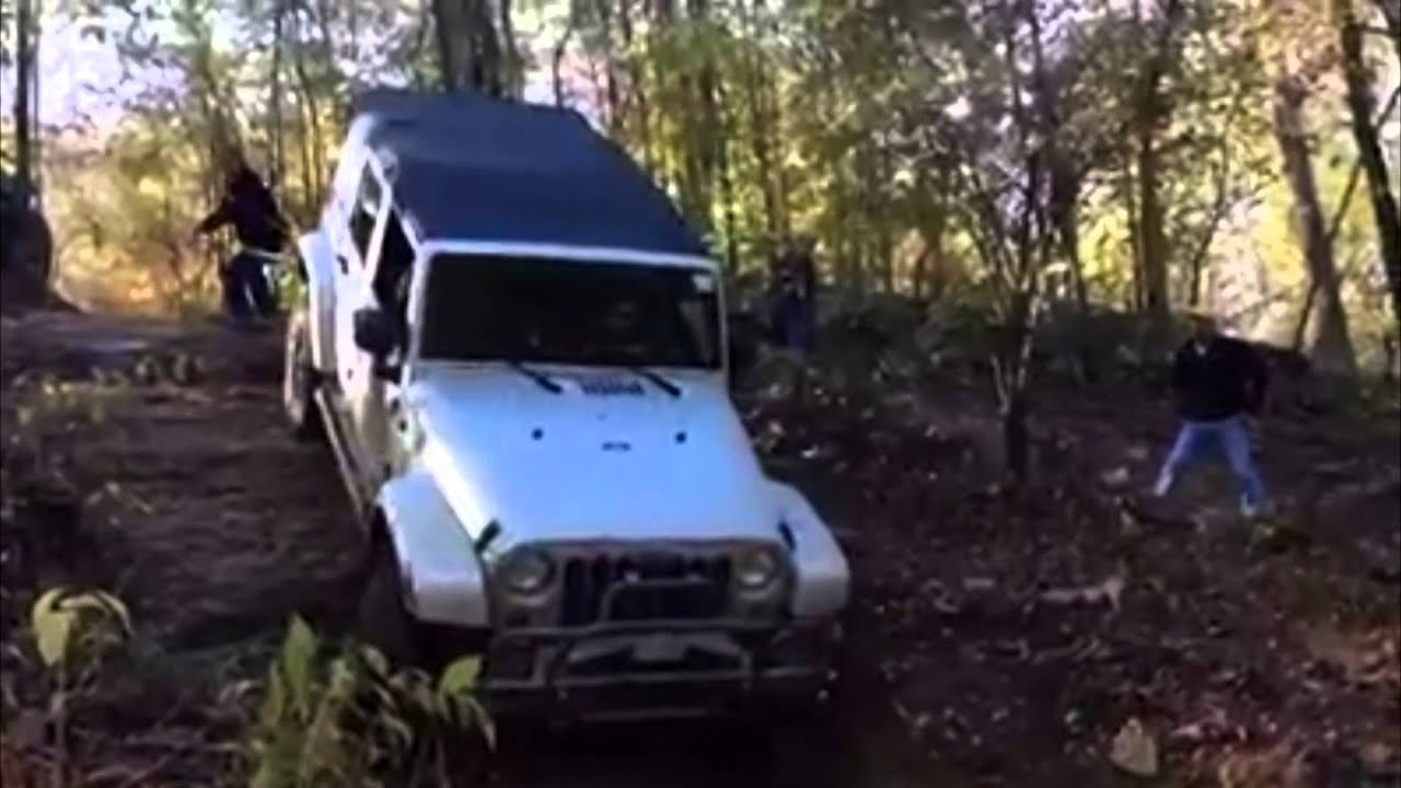 Jeep Wrangler Unlimited Sport >> Stock 4 Door Jeep Wrangler Sport JK Unlimited 4x4 Offroad Down Rocky Hill - YouTube