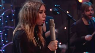 Lykke Li - I Follow Rivers (MTV Unplugged)