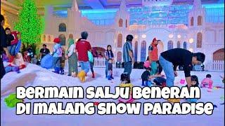 Woww Ada Hujan Salju di Malang Malang Snow Paradise