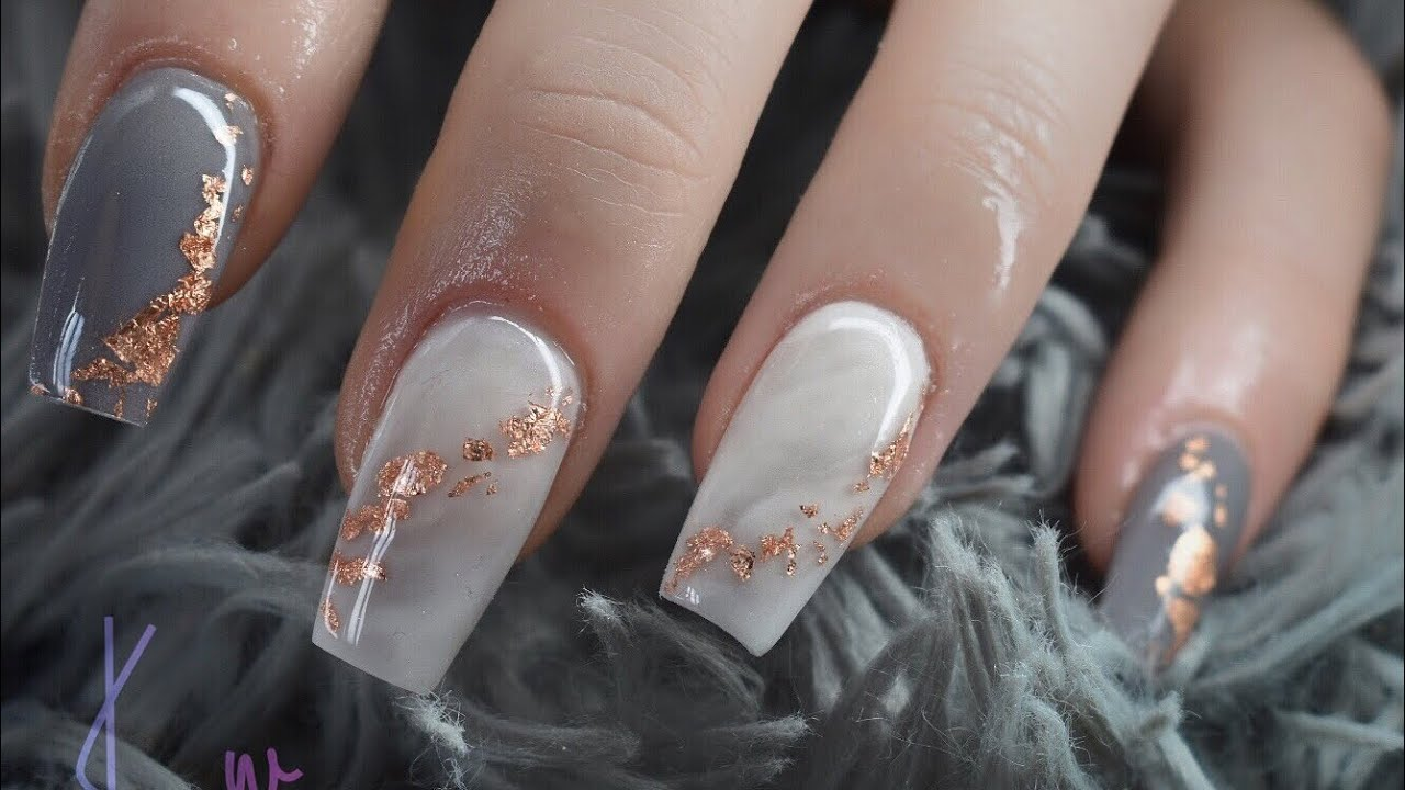 NUDE MARBLE Brown Gold Nude Marble Reusable Press On Nails