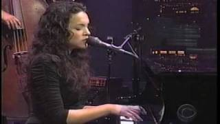 """Norah Jones performing """"Don't Know Why"""" (Late Show 5-6-02)"""