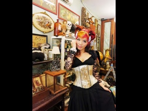 La Carmina on Oddities, Season 4: Obscura Antiques TV show, Science Discovery Channel