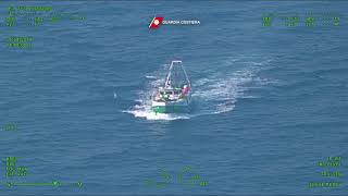 Peschereccio biscegliese fermato dalla Guardia Costiera a Vieste
