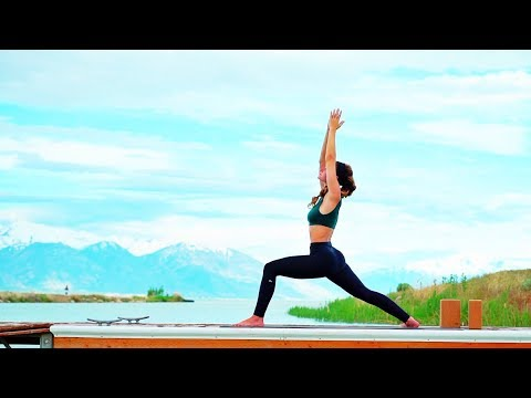 Total Body Yoga Workout For Opening Hips (And Strengthening Hip Flexors)