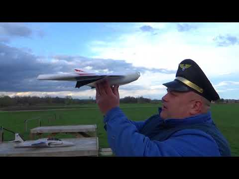 Durafly Tomahawk Mini Class FPV Racing Wing 670mm PNF 4S Maiden flight