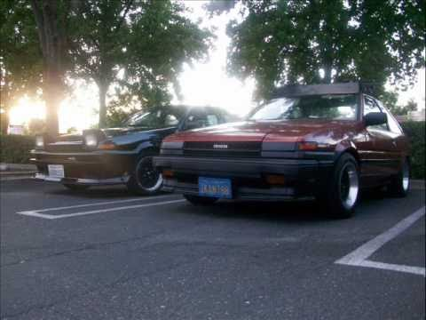 clean ae86 coupe and hatchback