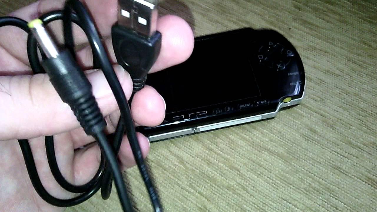 Сетевое зарядное устройство sony psp предназначено для питания батареи игровой приставки sony psp от сети переменного тока 220v. Зарядное устройство менее чувствительно к перепадам напряжения в сети. Благодаря чему зарядка для sony psp более надежна, особенно в тех условиях, где.
