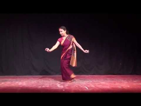 Jhelum Paranjape performs Dheera Sameere by Raghunath Panigrahi