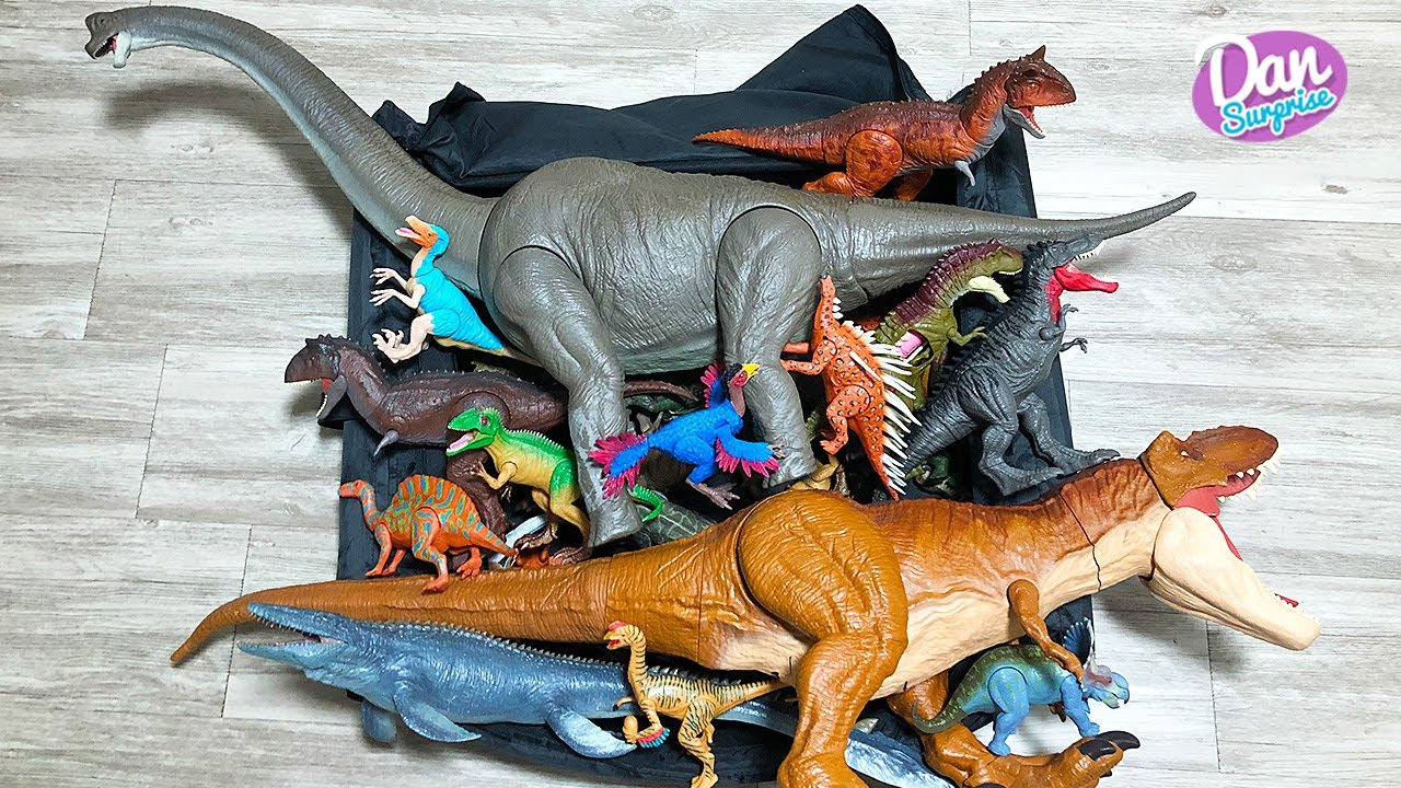 NEW BOX OF 100 DINOSAURS! Jurassic World Dinosaur Action Figures