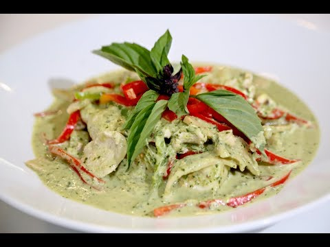 Jazz Singsanong's Thai Green Curry from Jon Favreau's The Chef Show featuring Manny Kess