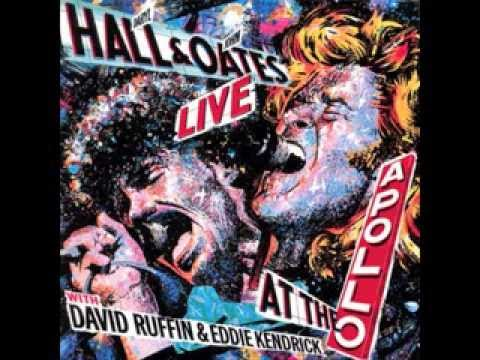 A NITE AT THE APOLLO LIVE! by Daryl Hall & John Oates with David Ruffin & Eddie Kendricks