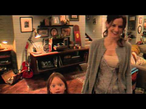 Один дома 5: Праздничное ограбление (2012) смотреть онлайн