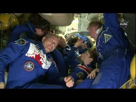 L'astronaute David Saint-Jacques est arrivé à la SSI