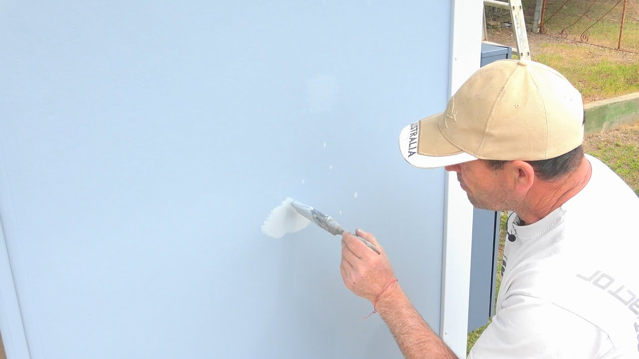 How To Touch Up Spots Or Marks On Painted Walls Or Ceilings Easy