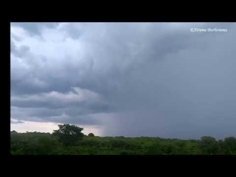 Chuva avançando em Reriutaba-CE (06/01/2020)