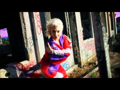 Bebe Huxley - Agonize (Official Music Video)