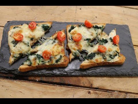 Alfredo Bread Pizza | Sanjeev Kapoor Khazana