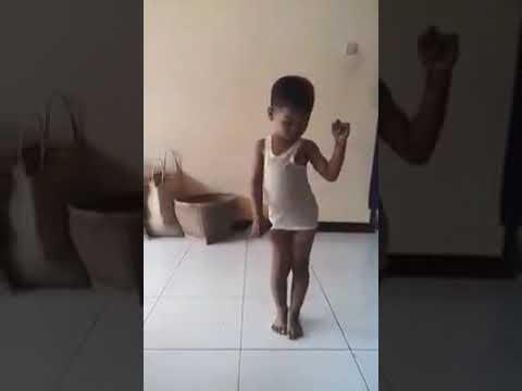 Viral.....  Video 30 Detik Yang Bikin Anak Terpingkal - Pingkal Mp3