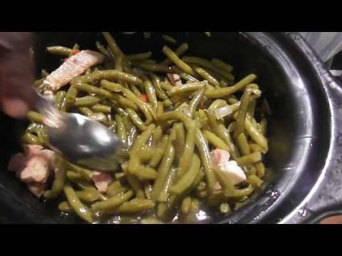How to make fresh green beans and red potatoes in crock pot