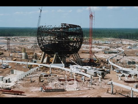 History of the Disney Parks- Spaceship Earth