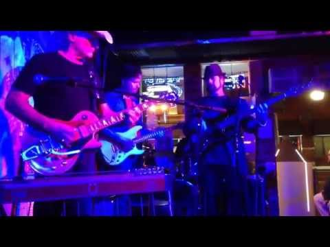 THE BLUES CONNECTION - LIVE AT BOOTLEGGERS INN - NASHVILLE, TN