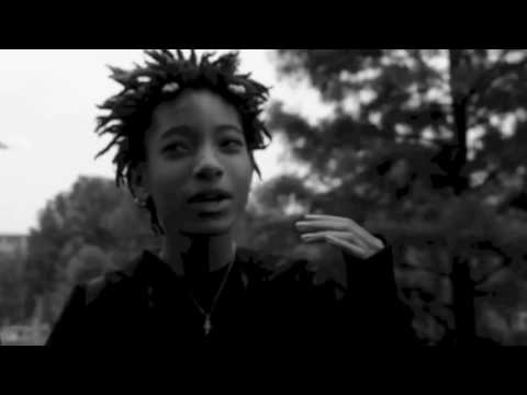 Willow Smith - Female Energy ( Music Video)