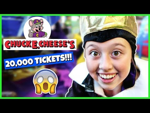 FAMILY FUN PLAYING AT CHUCK E CHEESE AND HUGE SURPRISE PRIZE HAUL!