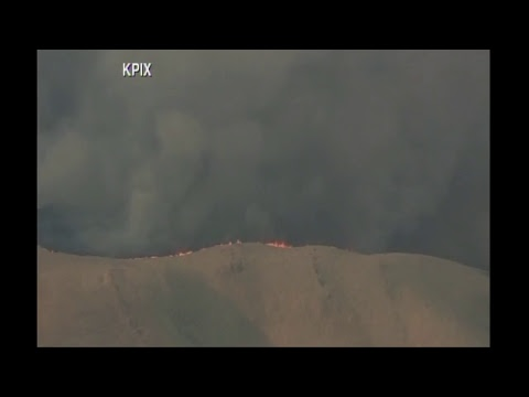 Watch Live: Grass fire in Fairfield, California, near Paradise Valley, officers evacuating homes