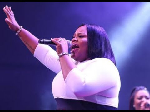 Tasha Cobbs Leonard - Chasing After You By Vashawn Mitchell