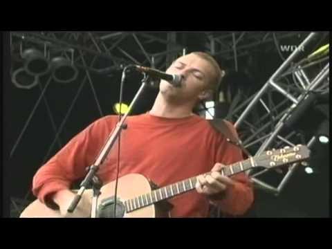 Coldplay - Shiver (Bizarre Festival)