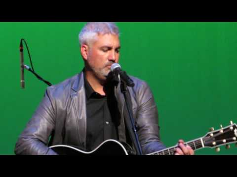 Taylor Hicks  covers Call Me The Breeze