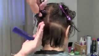 Техника короткой женской стрижки слоями.(Это видео создано с помощью видеоредактора YouTube (http://www.youtube.com/editor), 2015-02-23T16:31:50.000Z)