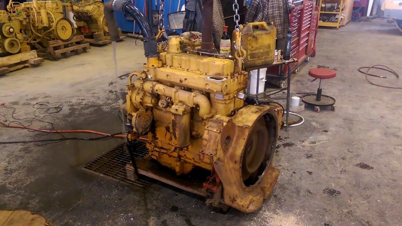 CAT 3304 running engine
