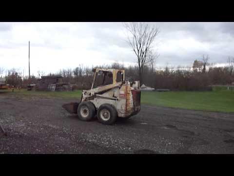 BOBCAT 825 SKID STEER LOADER