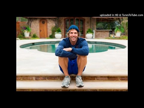 "Jesse Itzler from Living With A Seal on ""Crushing The Comfort Zone"""