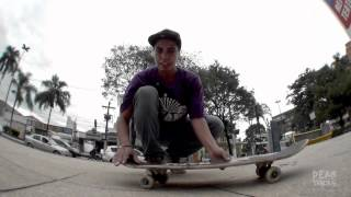 Dean Tricks #9 - 360 Flip com Victor Correa