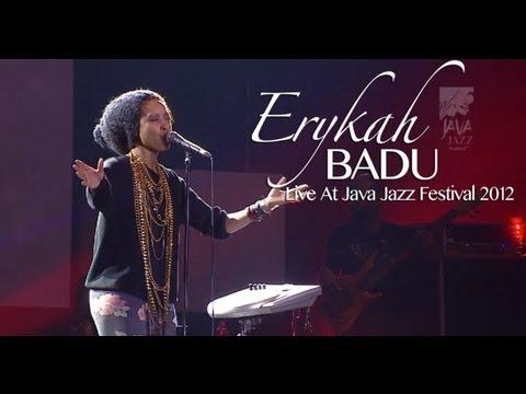 """Erykah Badu """"Apple Tree"""" Live at Java Jazz Festival 2012"""