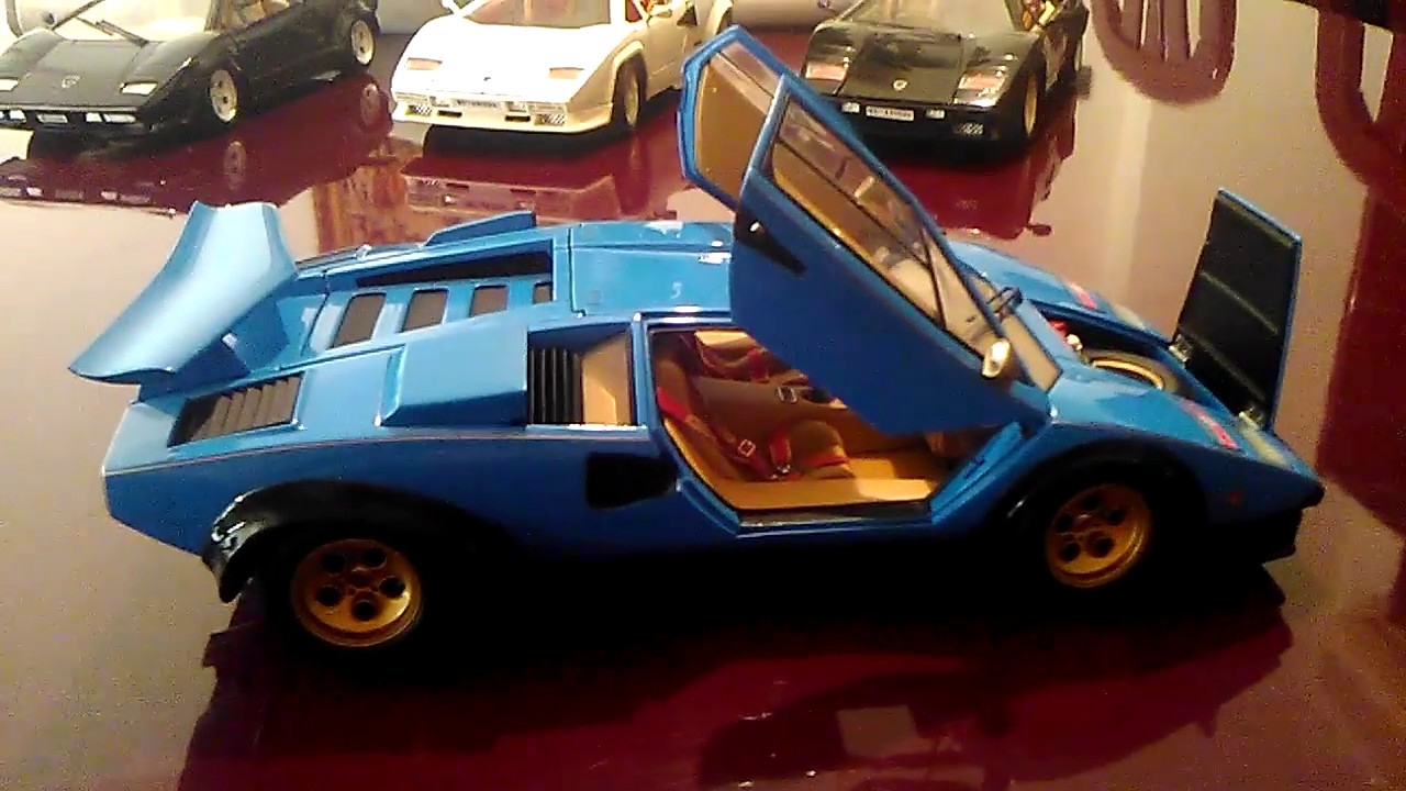 Lamborghini Countach Lp500s Walter Wolf 1 18 By Kyosho Youtube