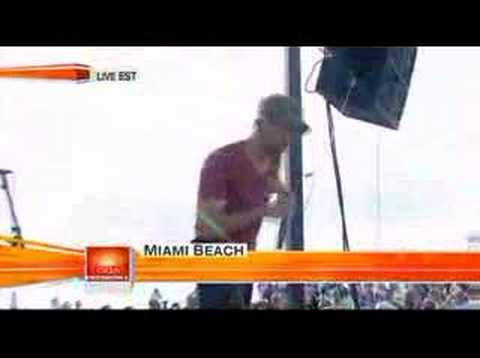 Enrique Iglesias-Do You Know(The Ping Pong Song)Live@Today S