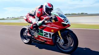 New Ducati Panigale V2 Bayliss 1st Championship 20th Anniversary | Born to Celebrate