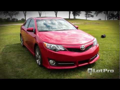 2012 Toyota Camry SE Review