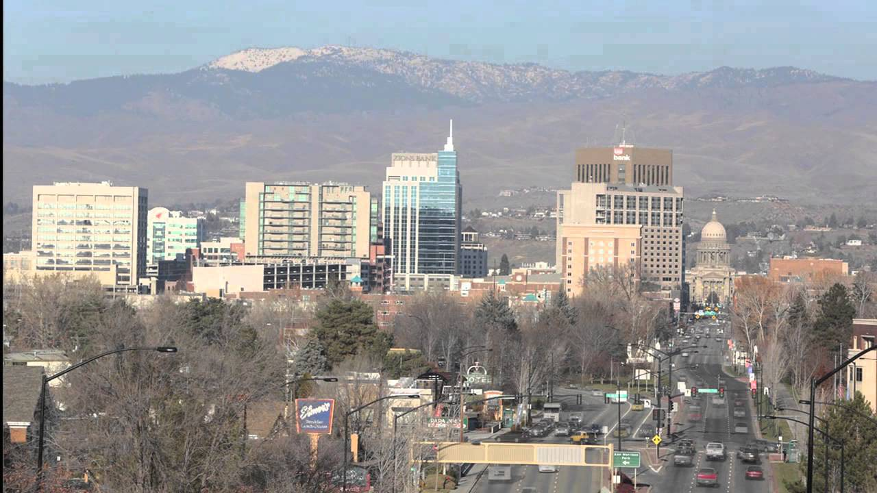 12 Hours With The Eighth & Main Building In Boise Skyline
